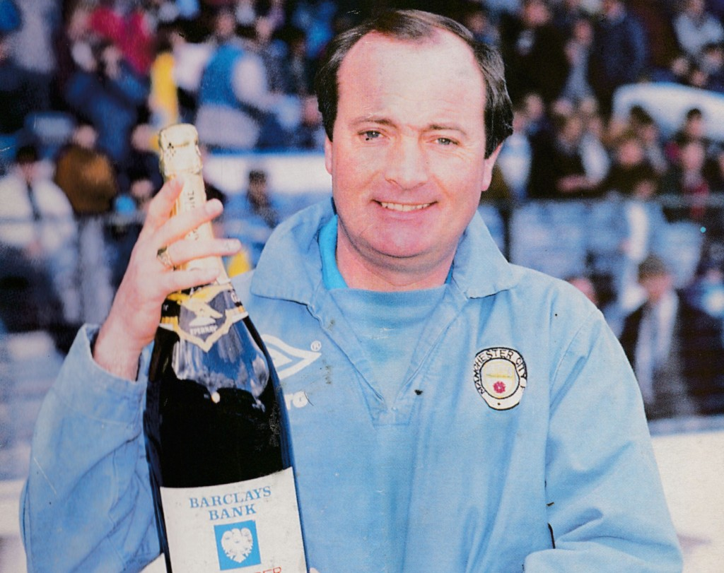 1988 to 89 Machin Feb Barclays manager of the month