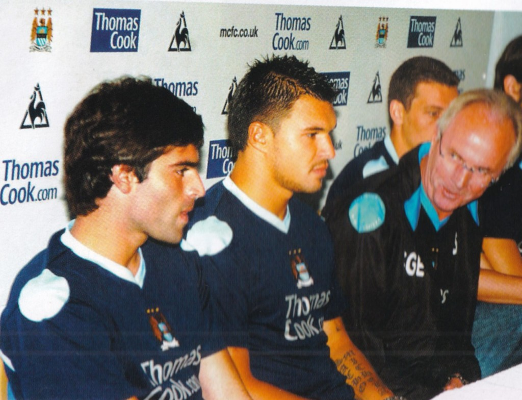 2007 to 08 new players sign