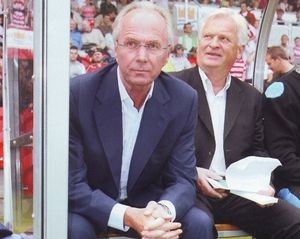 Doncaster away friendly 2007 to 08 sven and bakk on bench