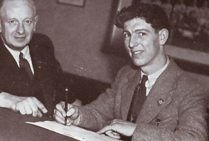 Roy Clarke SIGNS