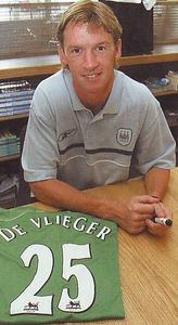 devlieger signs 2004 to 05