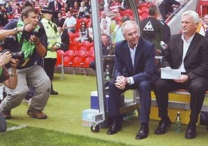 Doncaster away friendly 2007 to 08 sven and bakk on bench 2