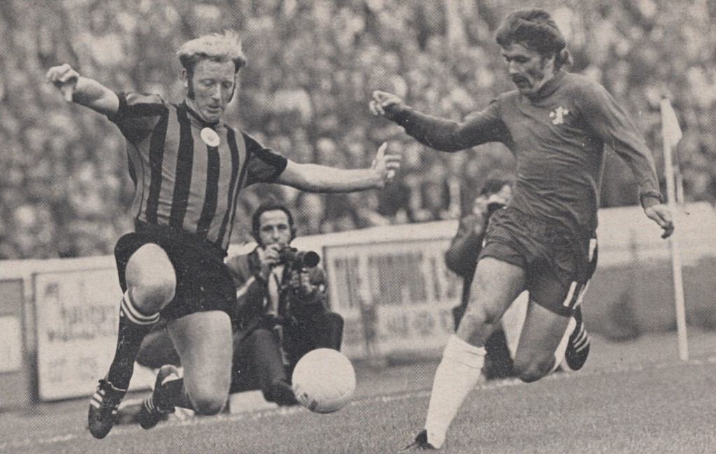chelsea away 1971 to 72 action 8