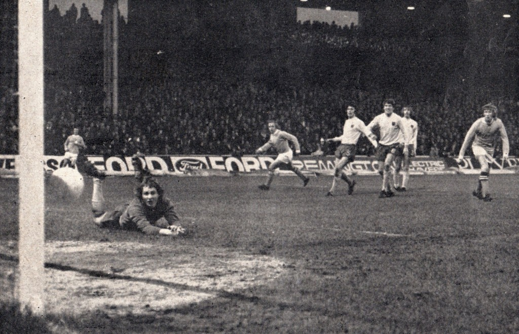 ipswich home 1971 to 72 lee goal 4-0