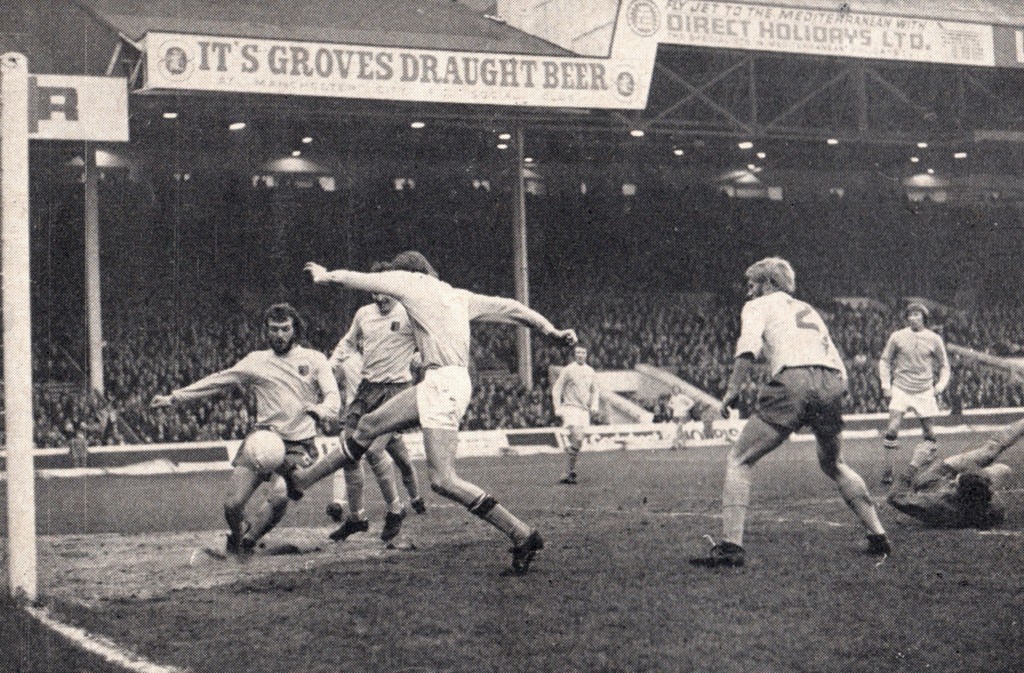 ipswich home 1971 to 72 mellor goal 2-0