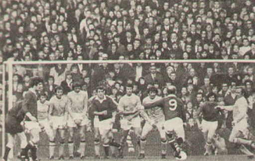 man utd home 1971 to 72 action 7