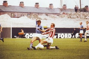 stoke home 1970-71 action2