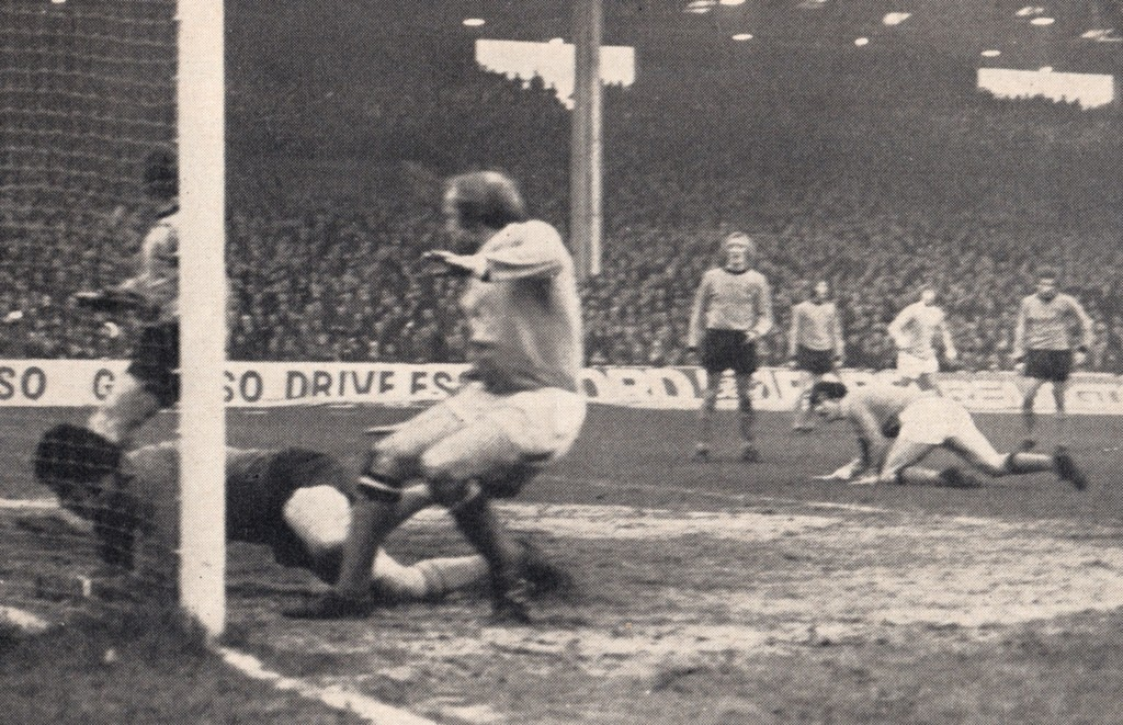 wolves home 1971 to 72 2ndLee goal