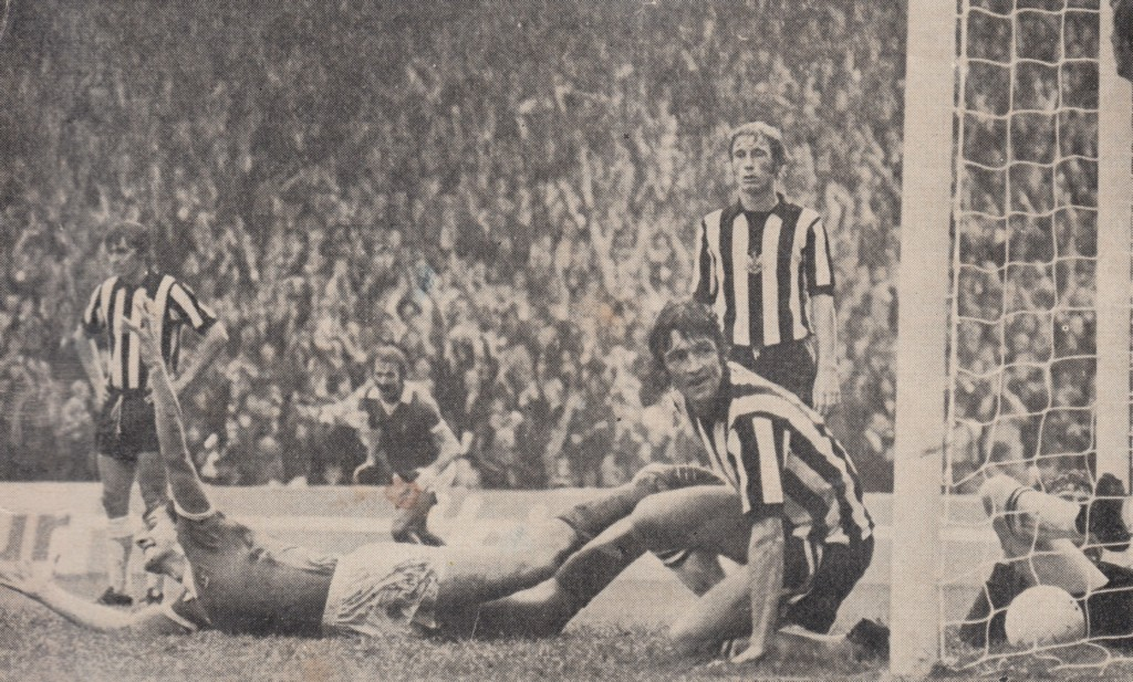 newcastle home 1975 to 76 royle 1st goal 2
