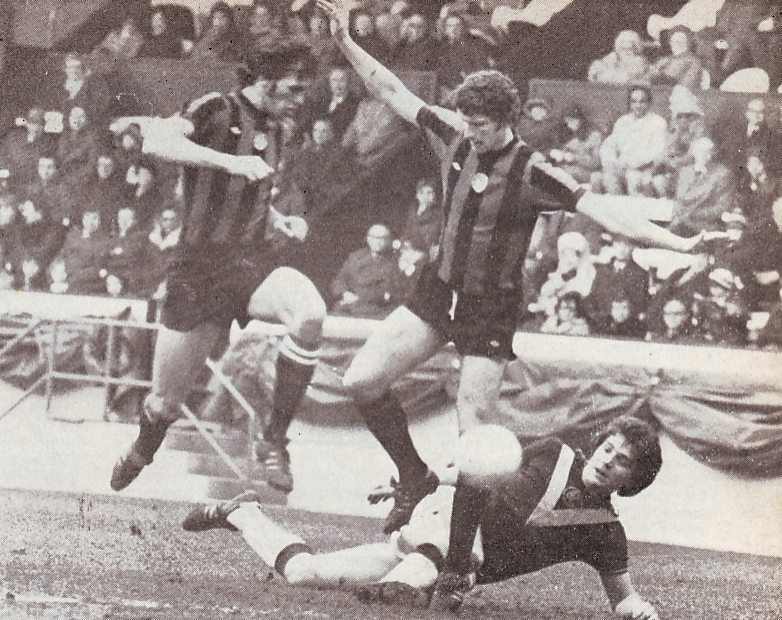 burnley away1975 to 76 action2