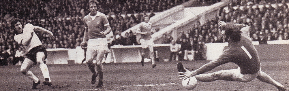 derby home 1975 to 76 derby goal 1