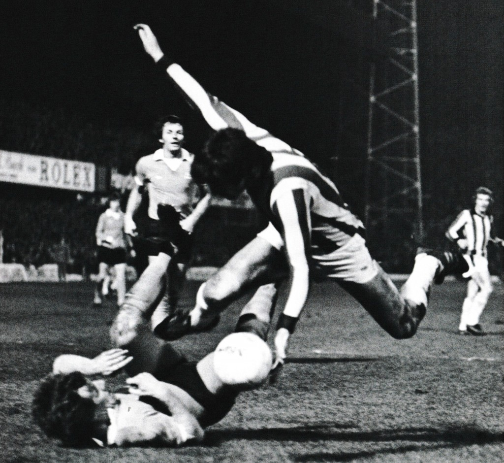 stoke away fa cup 1975 to 76 action