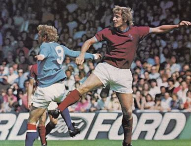 burnley home charity shield 1973 to 74 action