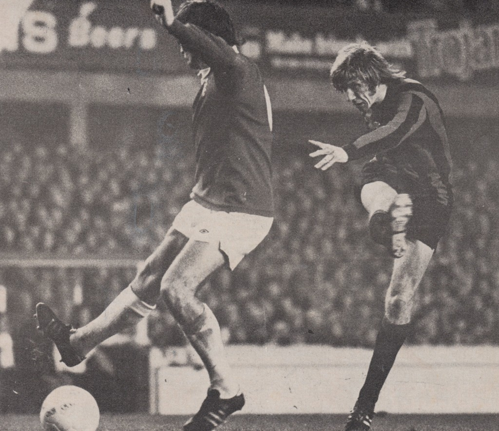 everton away 1974 to 75 action