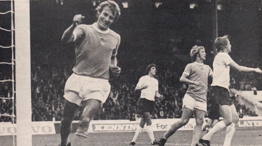 tottenham home 1974 to 75 hartford goal