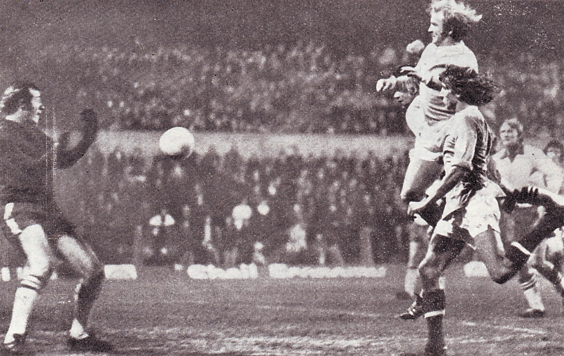 walsall league cup 2nd replay 1973 to 74 lee 1st goal