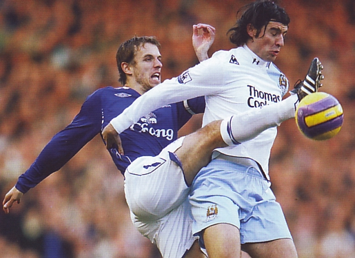 everton away 2007 to 08 action2