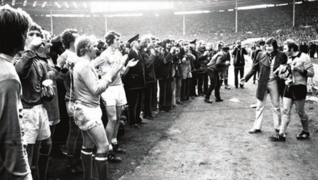 wolves league cup final 1973 to 74 city applaud