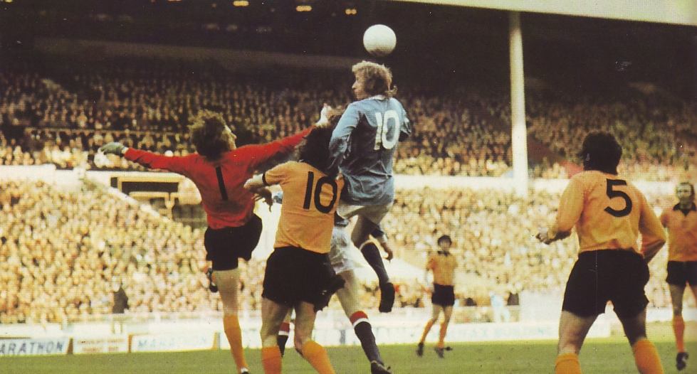 wolves league cup final 1973 to 74 law action