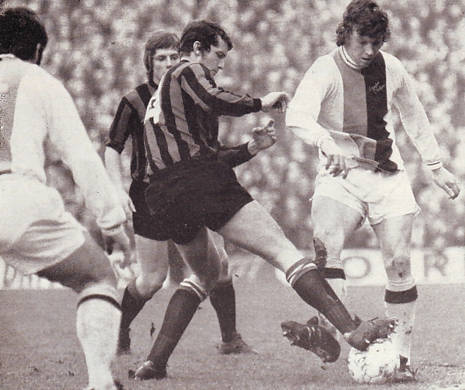 Crystal palace away 1971 to 72 action2