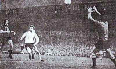 bolton league cup 1971 to 72 jones goals