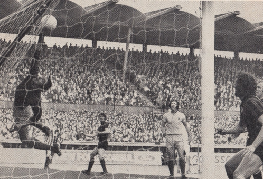 coventry away 1971 to 72 action 2