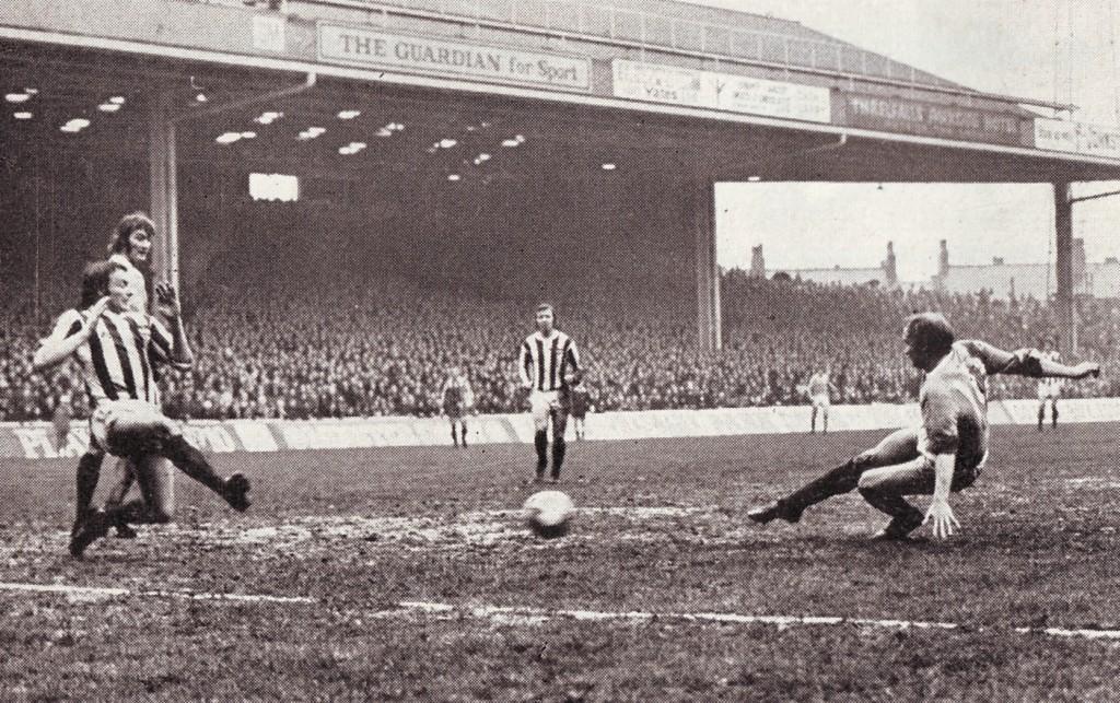 stoke home 1971-72 lee goal