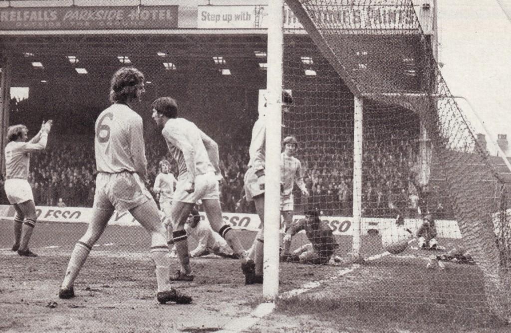 wba away 1971-72 bell 1st goal