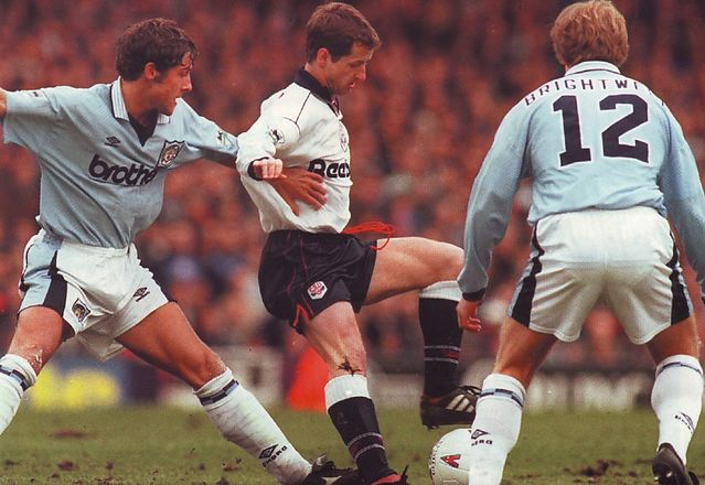 bolton away 1995 to 96 action2