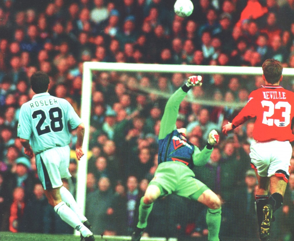 man utd fa cup1995 to 96 rosler goal
