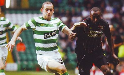 celtic away 2008 to 09 action 3