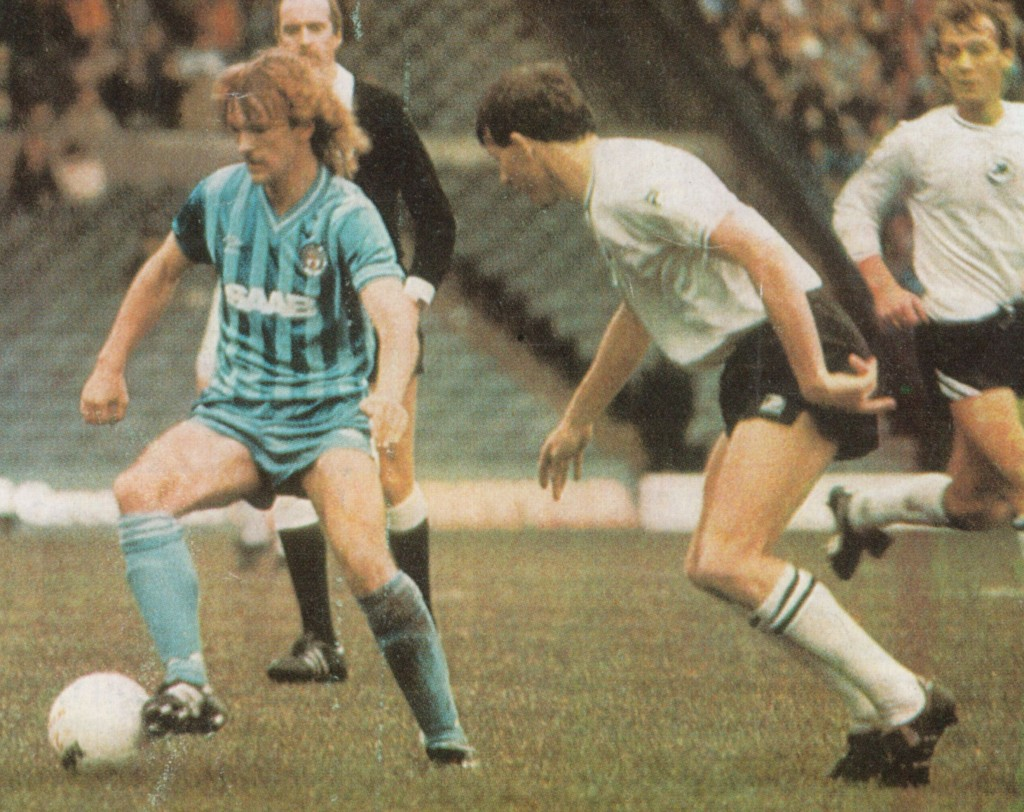 swansea home 1983 to 84 action6
