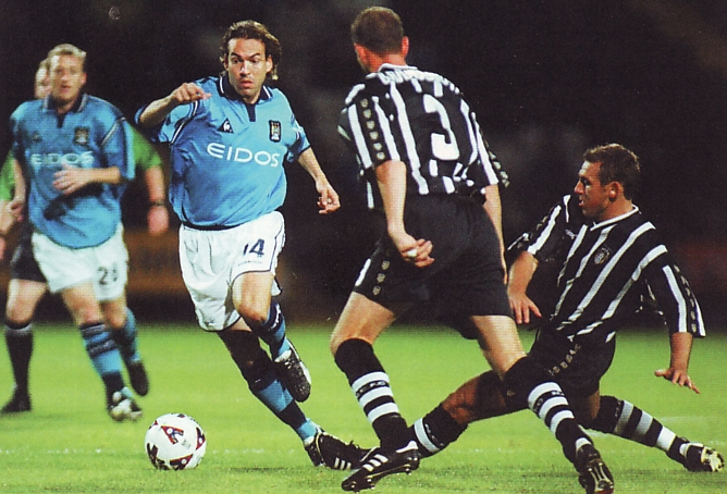 Notts county league cup 2001 to 02 action