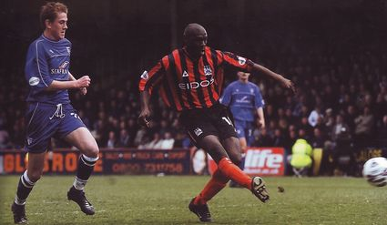 gillingham away 2001 to 02 goater goal