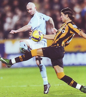 hull away 2008 to 09 action