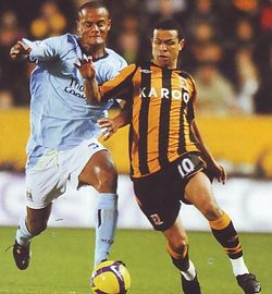 hull away 2008 to 09 action3