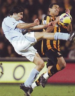 hull away 2008 to 09 action5