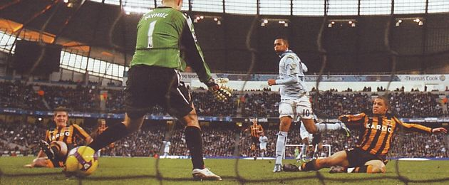 hull home 2008 to 09 robinho 2nd goal
