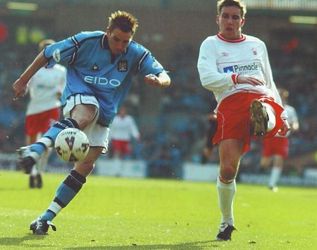 notts forest home 2001 to 02 action