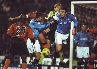 wolves home 2001 to 02 action