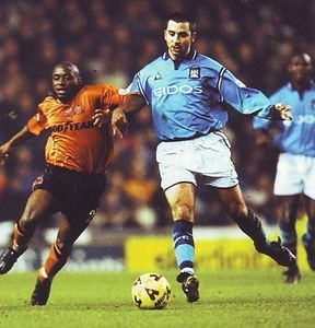 wolves home 2001 to 02 action2