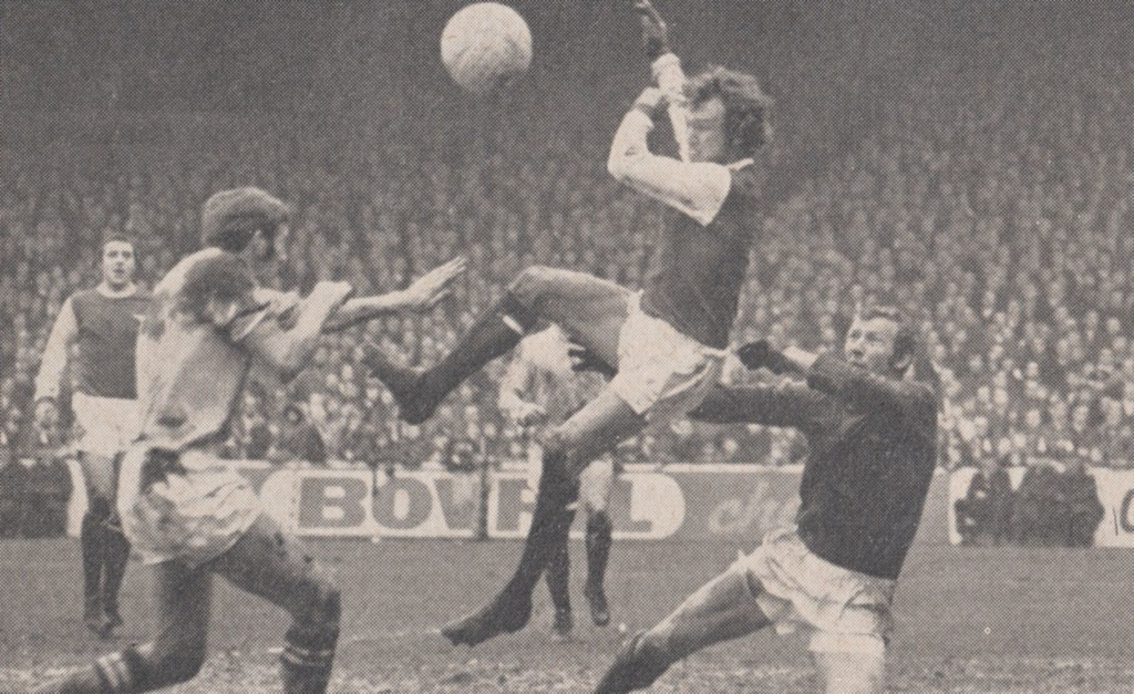 arsenal home 1970 to 71 action 2