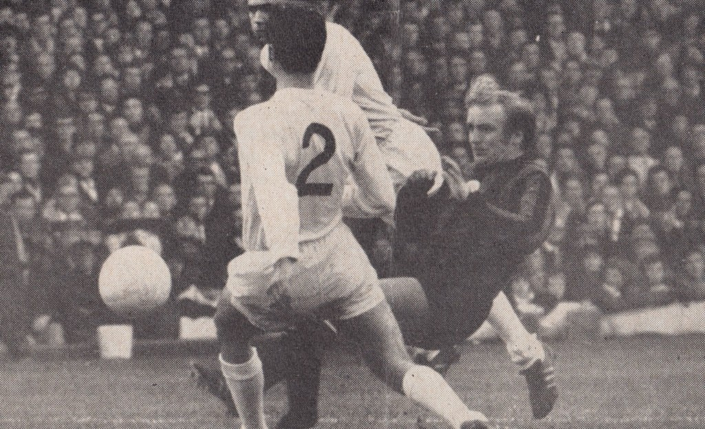 leeds away 1970 to 71 action9