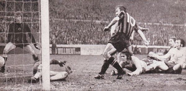 chelsea away fa cup 1970 to 71 Bowyer citys 3rd goal