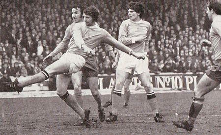 everton home 1970-71 doyle goal2