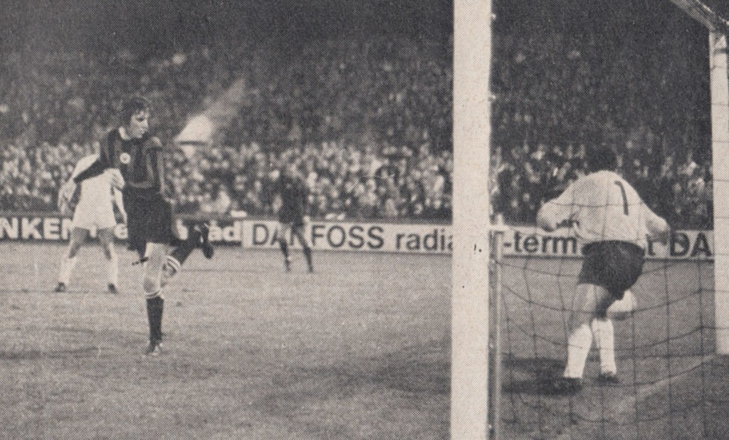 gornik 2nd replay 1970 to 71 booth goal