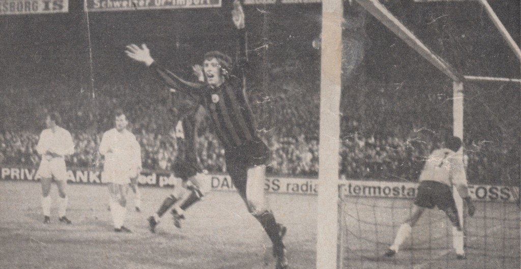 gornik 2nd replay 1970 to 71 booth goal celeb