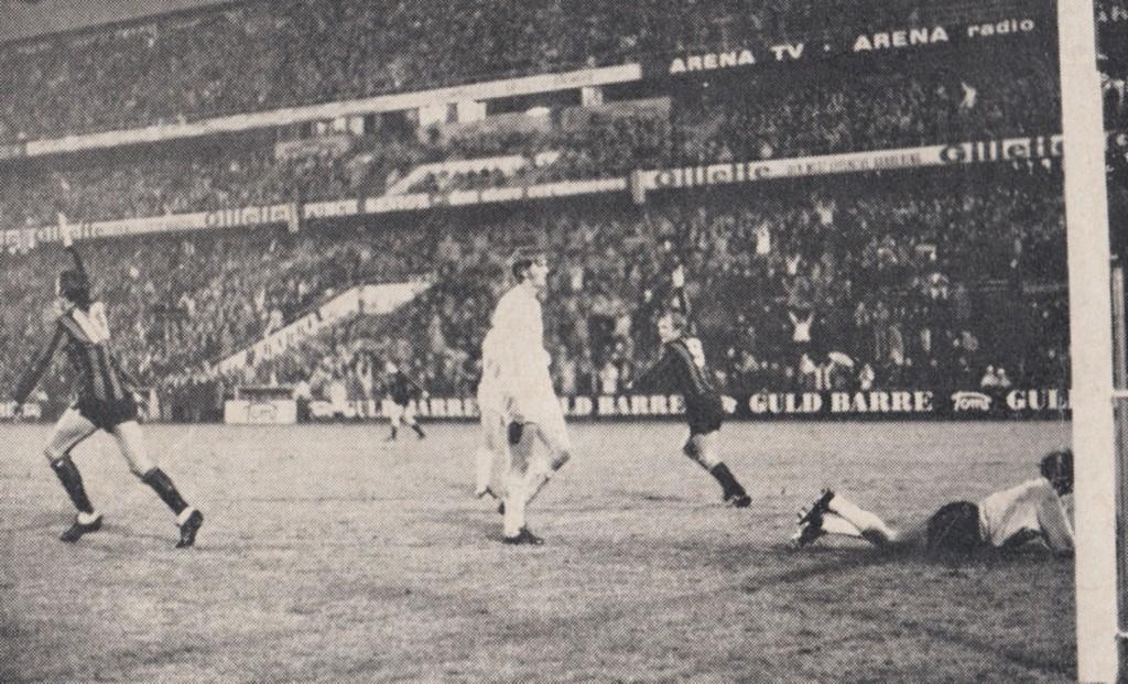 gornik 2nd replay 1970 to 71 lee goal