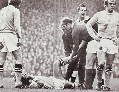 man utd away 1970 to 71 pardoe leg break