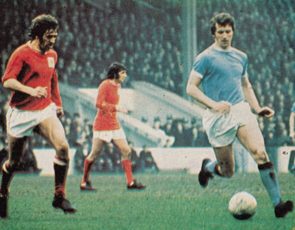 notts forest home 1970 to 71 action 5